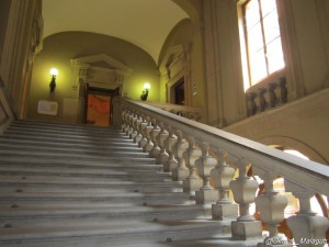 palazzo malvezzi, bologna, scalone