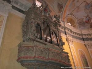 Lago d'Idro, Crone, interno Chiesa